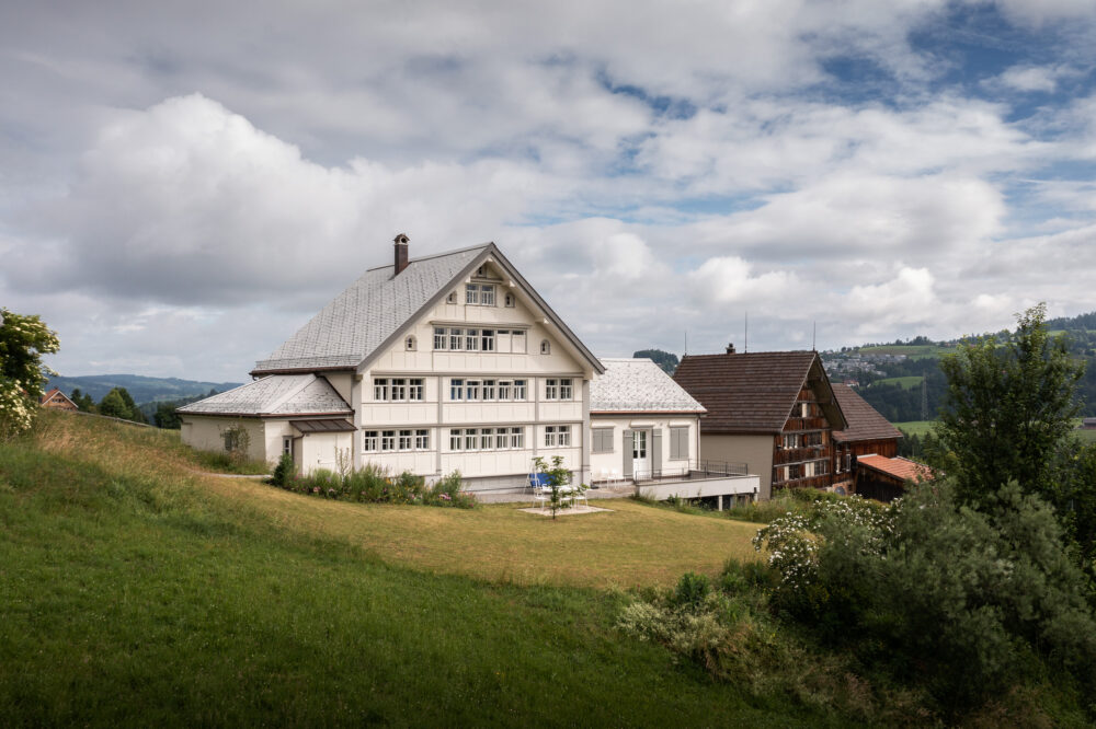 Appenzellerhaus, Niederstein, AR IV-Fenster, neue IV-Vorfenster, Sanierung EV-Fenster