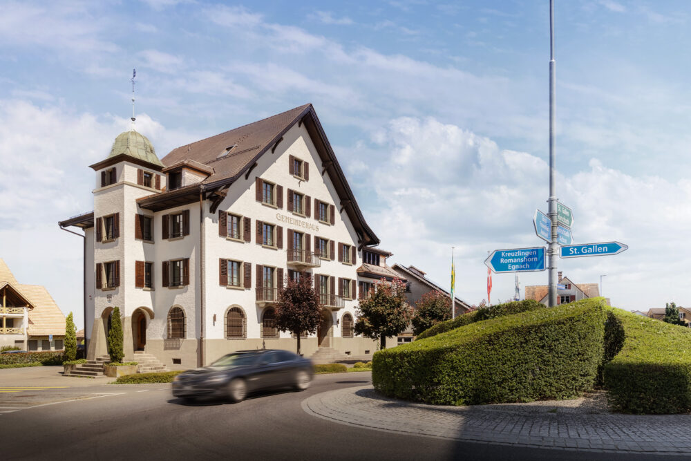 Gemeindehaus Neukirch, Neukirch, TG IV-Fenster, Sanierung
