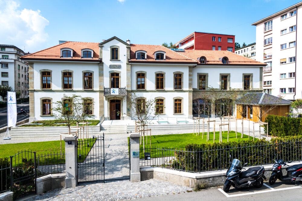 Bibliothèque des pasteurs, Lausanne, VD Historische Fenster
